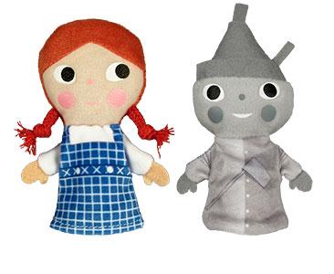 El Mago de Oz + los títeres de Dorothy y del hombre de ojalata