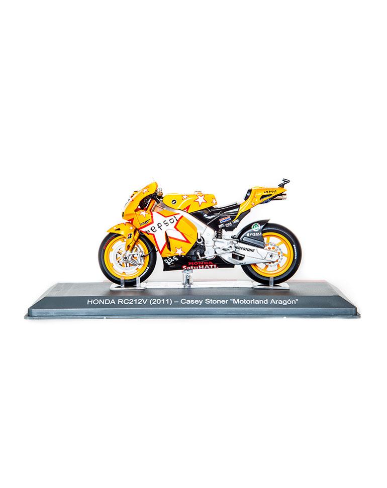 Casey Stoner 2011 • Honda RC212V + fascículo 9
