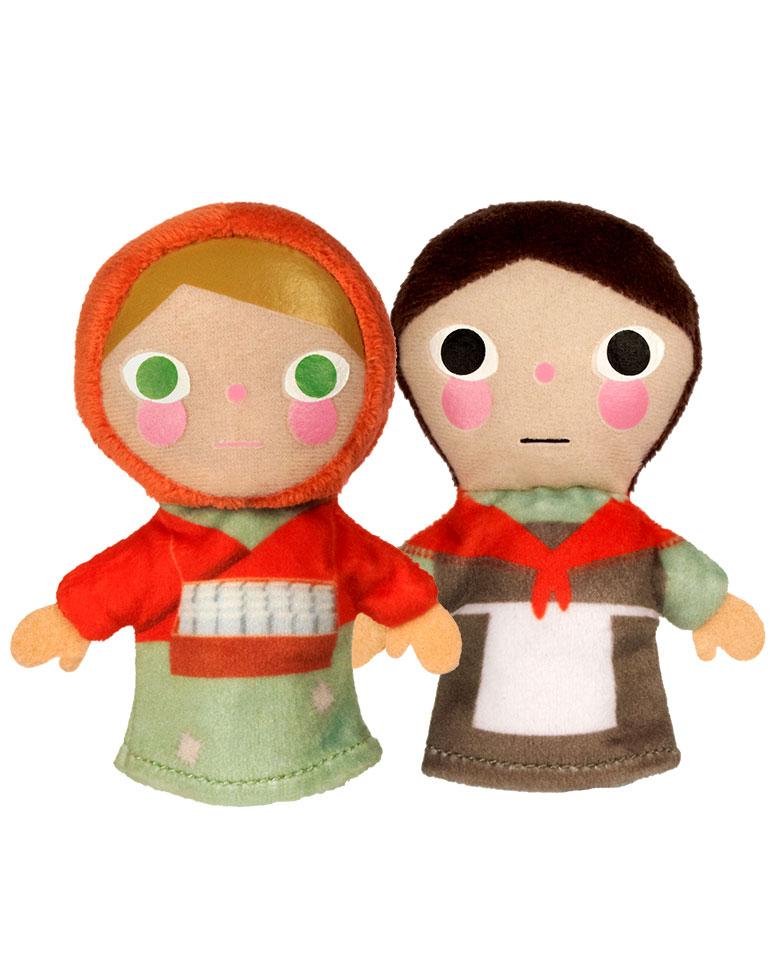 La petite Marchande d'allumettes + Les marionnettes du petite fille et du Grand-mère