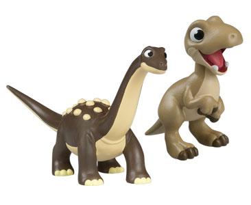 Le livret 66 : Une premie?re promenade + Le papa saltasaurus + Le bébé megaraptor