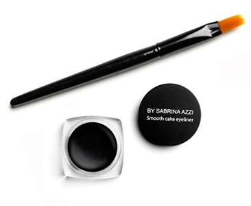Le fascicule 28 + L'eyeliner noir en gel + Le pinceau pour l'eyeliner ?
